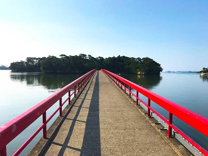 BW_12_Fukuura_island.jpg