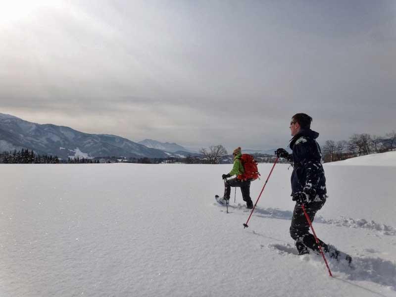 SCT Snowshoeing 02