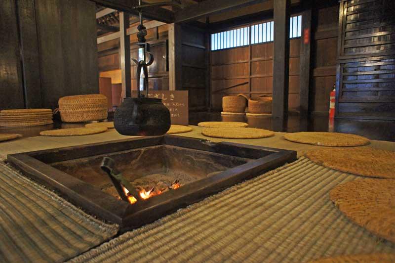 BT_sakaida_fireplace.jpg